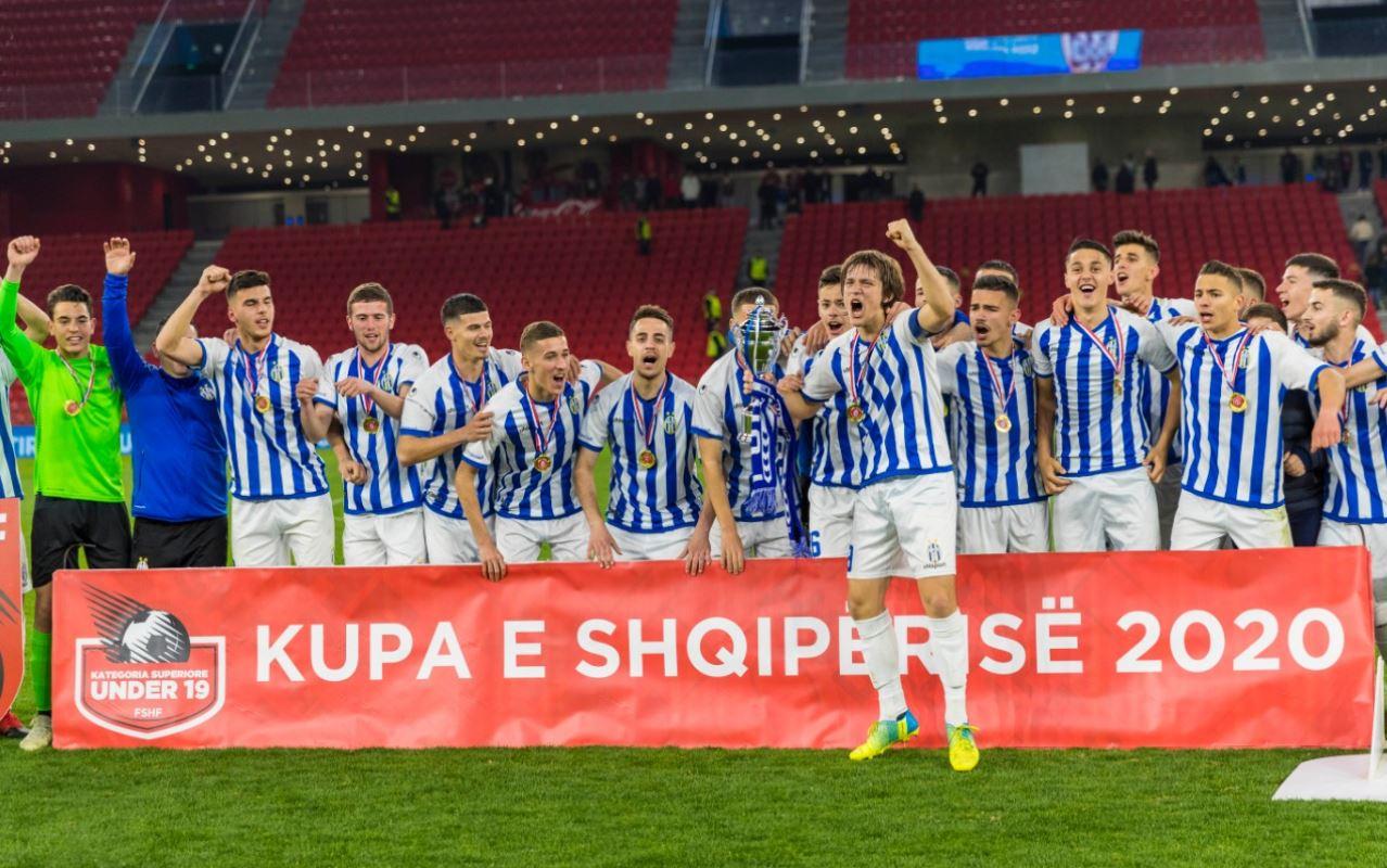 """VIDEO   Tirana nuk """"ngopet"""" me trofe, edhe U-19 kampione e Shqipërisë"""