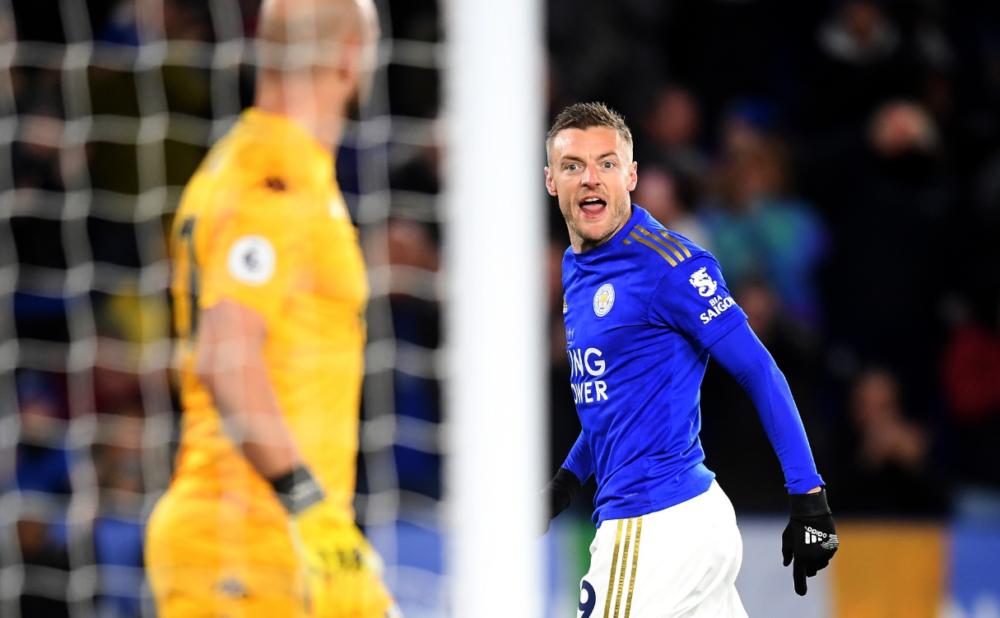 "Vardy merr kreun e golashënuesve, Leicester ""shtyp"" Aston Villën"