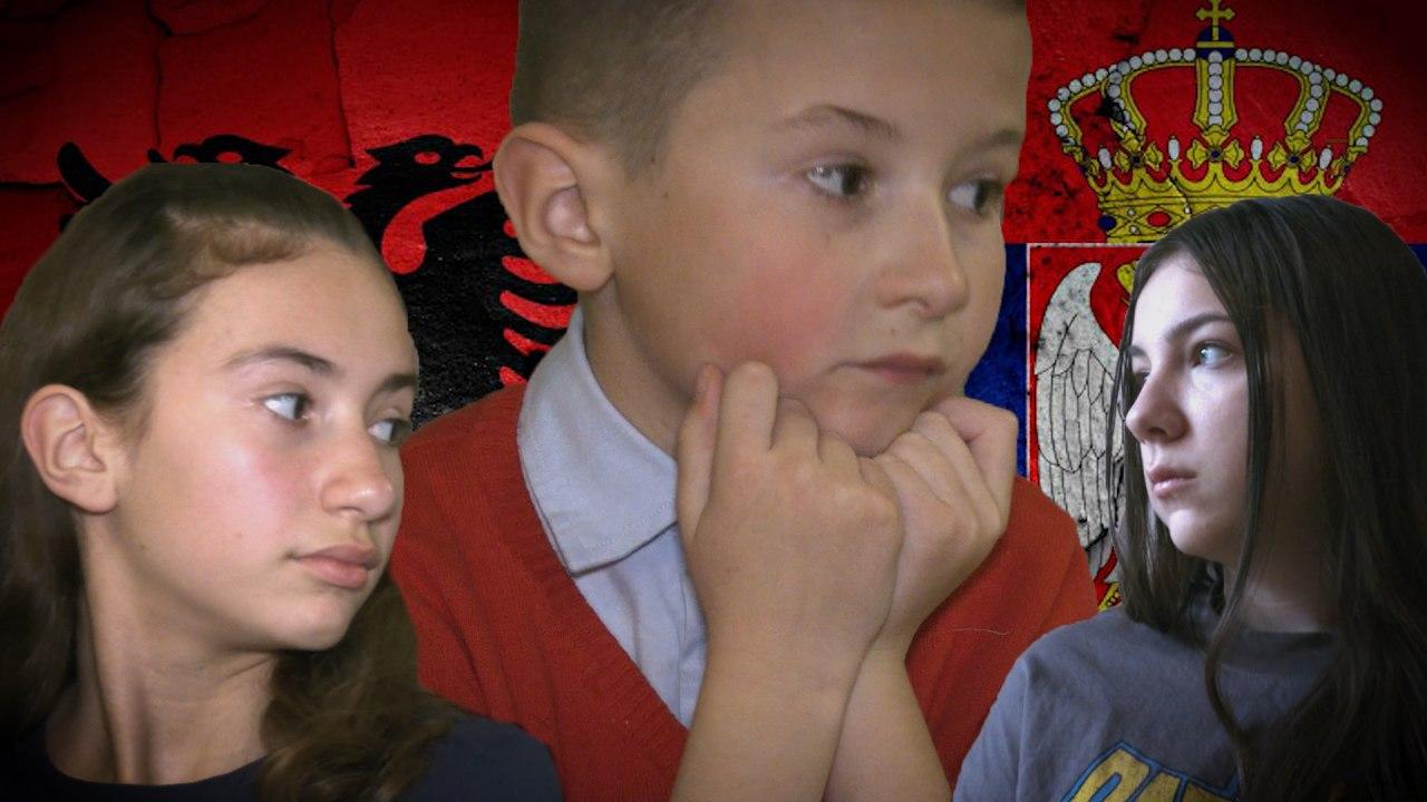 """""""Segi dhe Helena"""", nga Tirana në Beograd: Historia e dy vajzave adoleshente, shqiptare dhe serbe që takohen përmes Vatrës"""