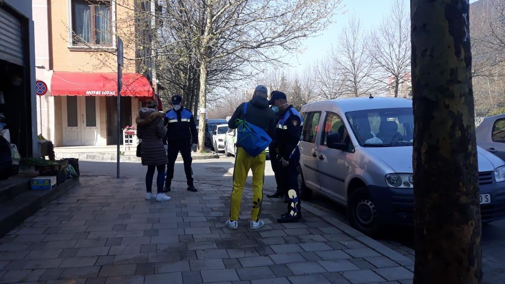 Ku e ke lejen? Policia nis kontrollet ndaj qytetarëve në Tiranë