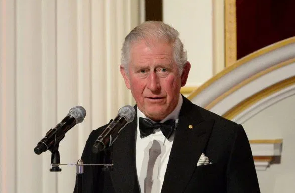 Princi Charles, trashëgimtari 71-vjeçar i fronit britanik, ka rezultuar pozitiv ndaj koronavirusit