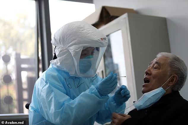 Studimi: Më shumë se 14 për qind e të shëruarve në Kinë rezultojnë sërish pozitivë për koronavirusin
