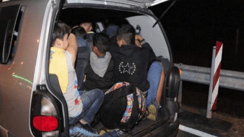 Kapen duke transportuar shtetas te huaj, arrestohen 6 persona në Maliq