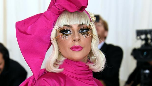 Lady Gaga: Albumi i ri publikohet në prill