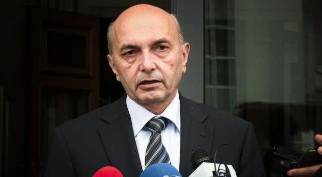 Isa Mustafa reagon pas rrëzimit të qeverisë Kurti: Kemi dallime, me këto parti do bashkëpunojmë