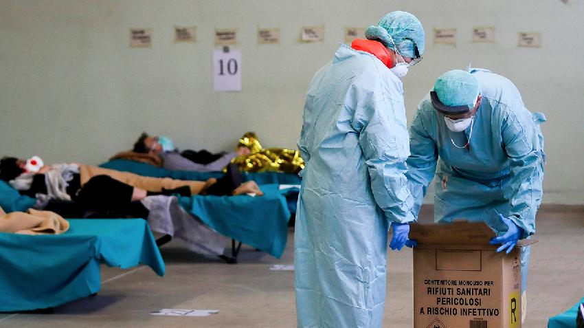 """Koronavirusi """"gjunjëzon"""" Italinë, 743  italianë vdiqën gjatë 24 orëve të fundit"""