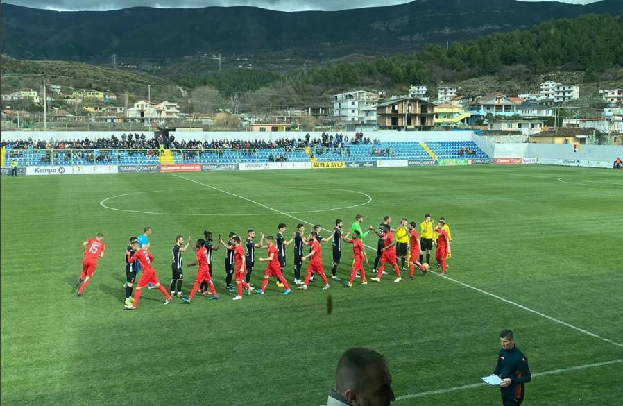 """VIDEO/ Shtyllë dhe gol i anuluar, Laçi e Bylisi """"flakë"""" për 45 minuta"""