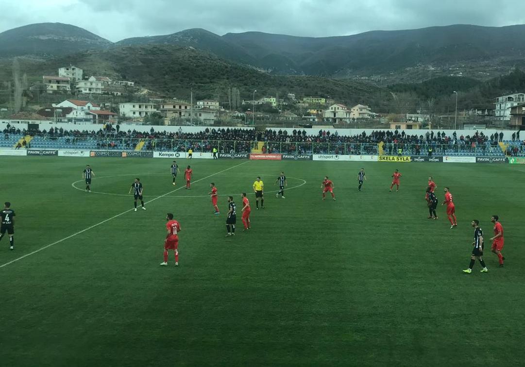 VIDEO/ Rapo e Greca nderojnë Laçin, fitore me zemër ndaj Bylisit