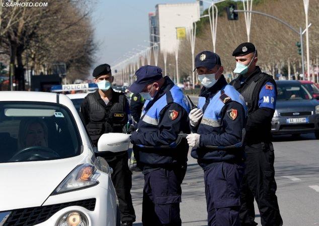 masat-policia-maska-ndalimi-automjeteve-634x450-1.jpg