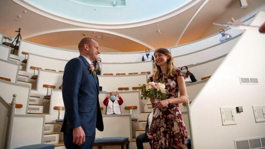 mgh-wedding-coronavirus-epidemiologists.jpeg
