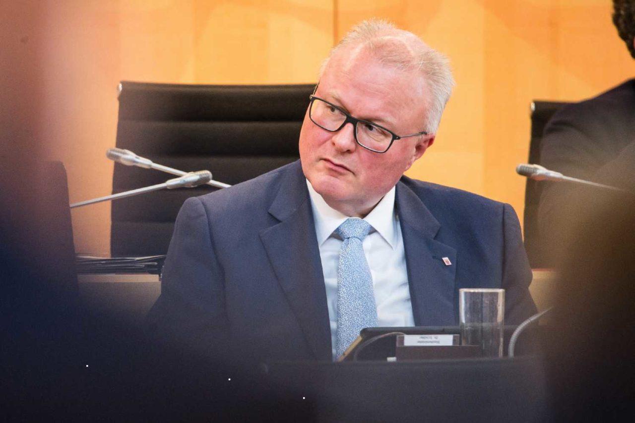 ministri-gjerman-1280x853.jpg