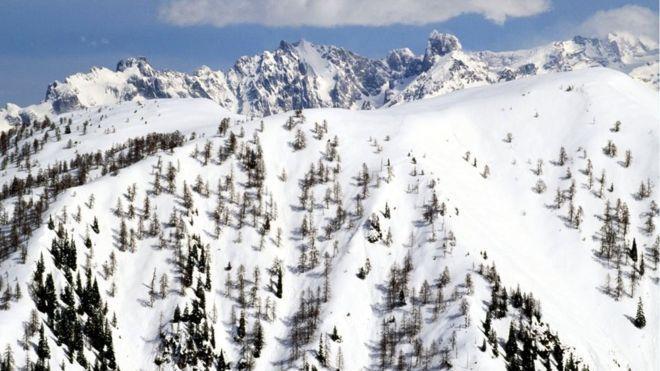 Ortekët e borës u marrin jetën 6 personave në Austri