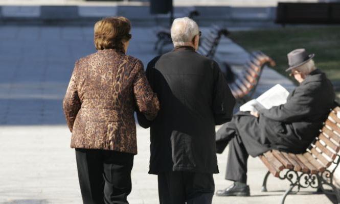 Kategoritë dhe sa do të përfitojnë/ Këshilli i Ministrave miraton indeksimin e pensioneve me 2.3%, efekti financiar 2.1 miliardë lekë