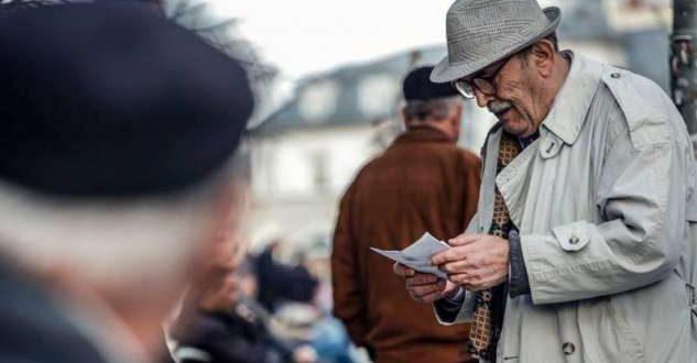 Ministria e Financave njofton të moshuarit: Ja si do të bëhet shpërndarja e pensionit