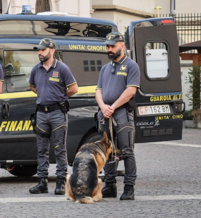 """""""Besa"""" shkatërron organizatën kriminale, në pranga 16 shqiptarë"""