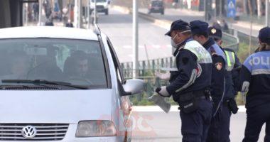 """Ndëshkohen 745 shoferë të """"pabindur"""", 5 të tjerë arrestohen të dehur. Rama: U hiqet patenta deri në 3 vite"""