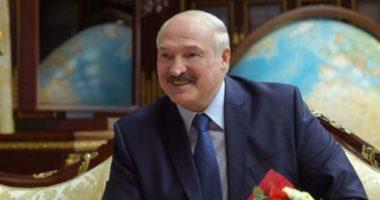 Refuzon të marrë masa, Presidenti i Bjellorusisë: Unë nuk po shoh ndonjë virus që fluturon përreth