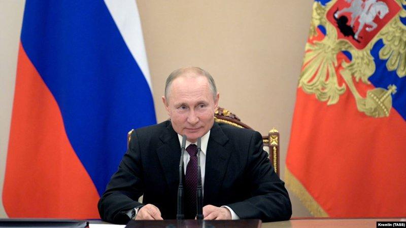 Putin sërish president? Parlamenti rus miraton ndryshimet