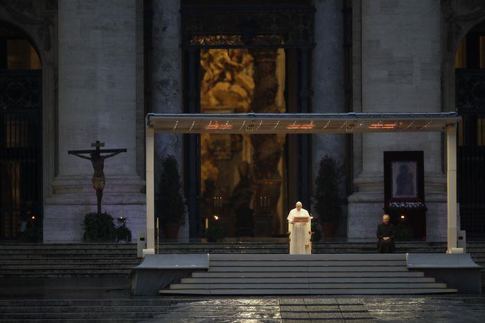 Papa Francesco: Zot mos na lër në mëshirën e stuhisë