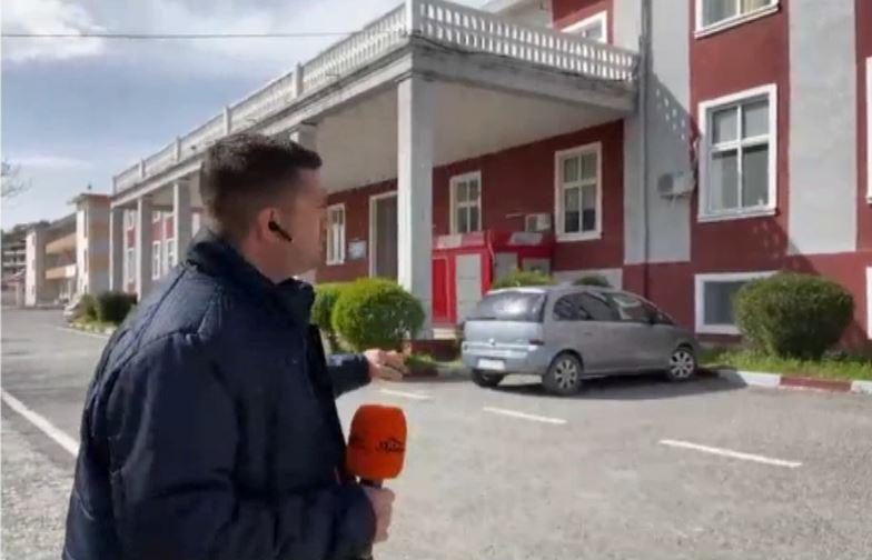 """Covid-19, pacientët e """"Sanatoriumit"""" sëbashku me mjekët do të transferohen në Elbasan"""