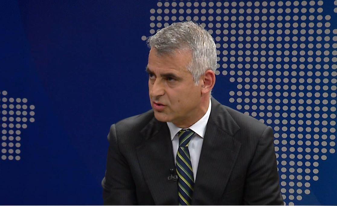 """""""Vetë Ali e vetë kadi"""", Dule në Abc News: Si kryeministri përdori strategjinë për të tjetërsuar pronat në bregdet"""
