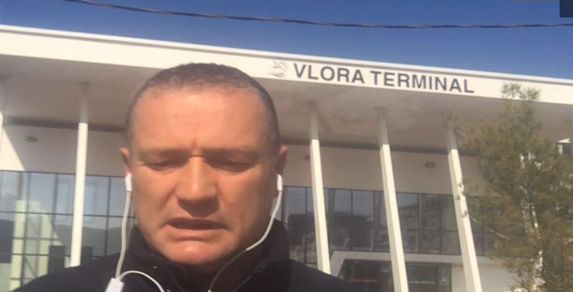 Një traget me mallra niset sot nga Vlora në Brindizi, frikë se mund të kthehet me pasagjerë
