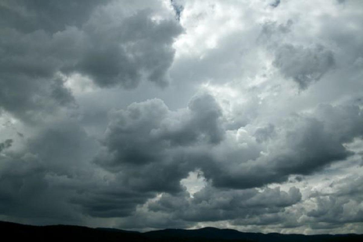 Vranësira dhe reshje shiu në disa zona, parashikimi i motit për sot