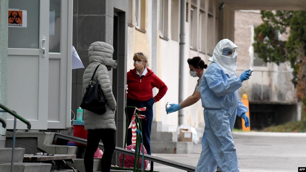 206 të infektuar me COVID 19 në Kroaci, qeveria vendos shtretër të spitaleve në stadiumin e Zagrebit