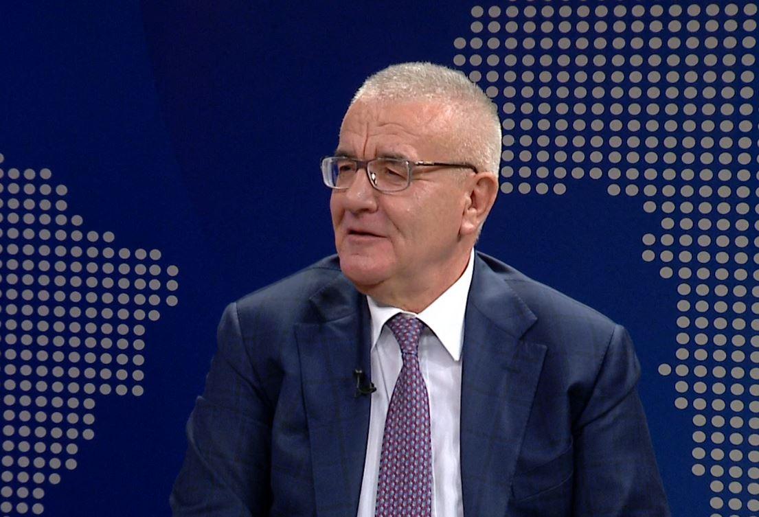 Deklarata e Yuri Kim, Rakipi: Ambasadorja ndoshta nuk e di që shqiptarët flamurin amerikan e mbajnë në shtëpi
