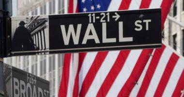 Ekonomia amerikane tkurret 4.8% në tremujorin e parë