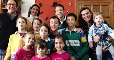 Infektohen me Covid 19 familja spanjolle me 13 anëtarë, qëndrojnë në izolim të rreptë