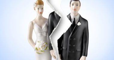 Koronavirusi, Rusia ndërpret martesat dhe divorcet deri në qershor: Duroni tre muaj