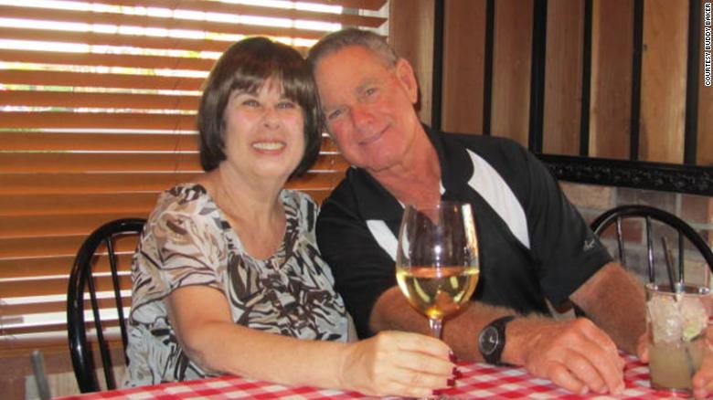 Të pandashëm për 51 vite, çifti humb jetën nga COVID-19