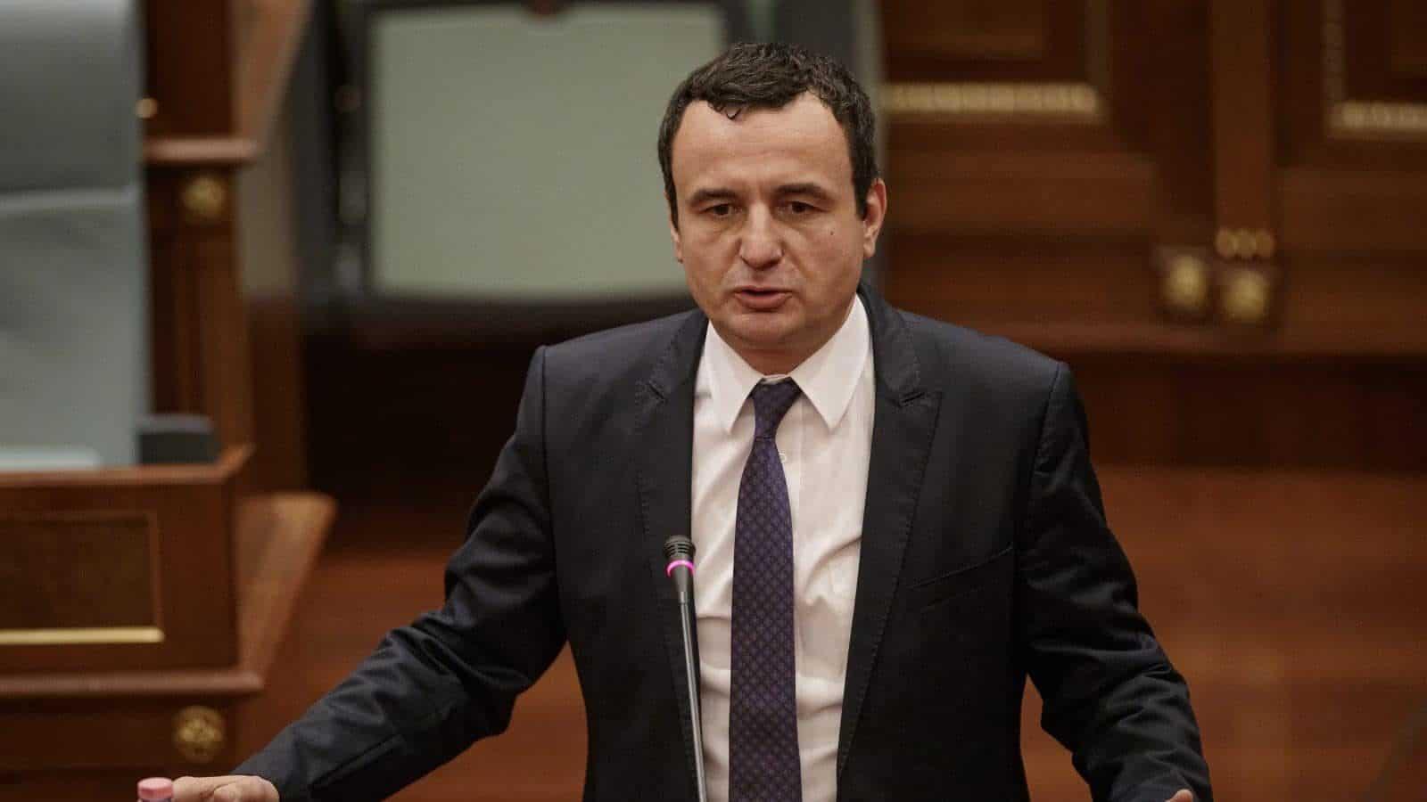 Albin Kurti thirrje deputetëve: Prioritet mbrojtja e jetës së qytetarëve