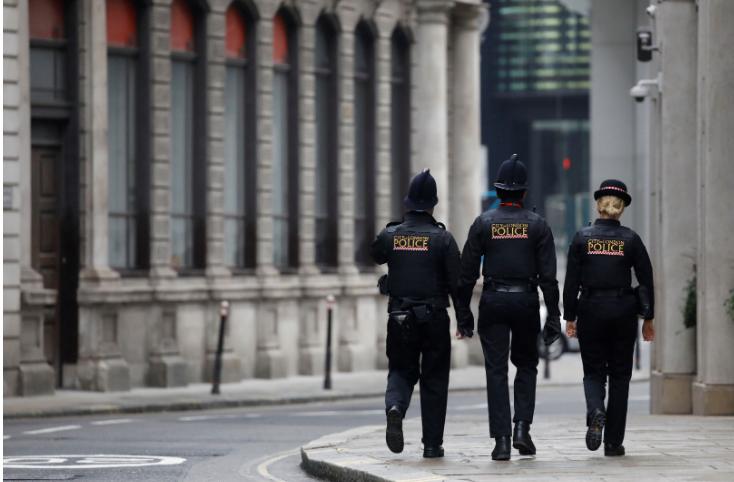 Dhuna në familje/ Policia e Londrës ka arrestuar më shumë se 4,000 njërëz gjatë karantinimit