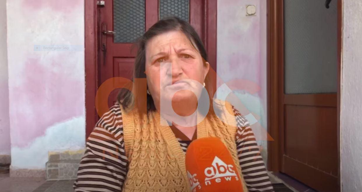 """""""ABC News"""" viziton bashkëshortën e shqiptarit që ndodhet në një hotel në Korçë: """"Pikëzimi"""" më la pa bukë"""