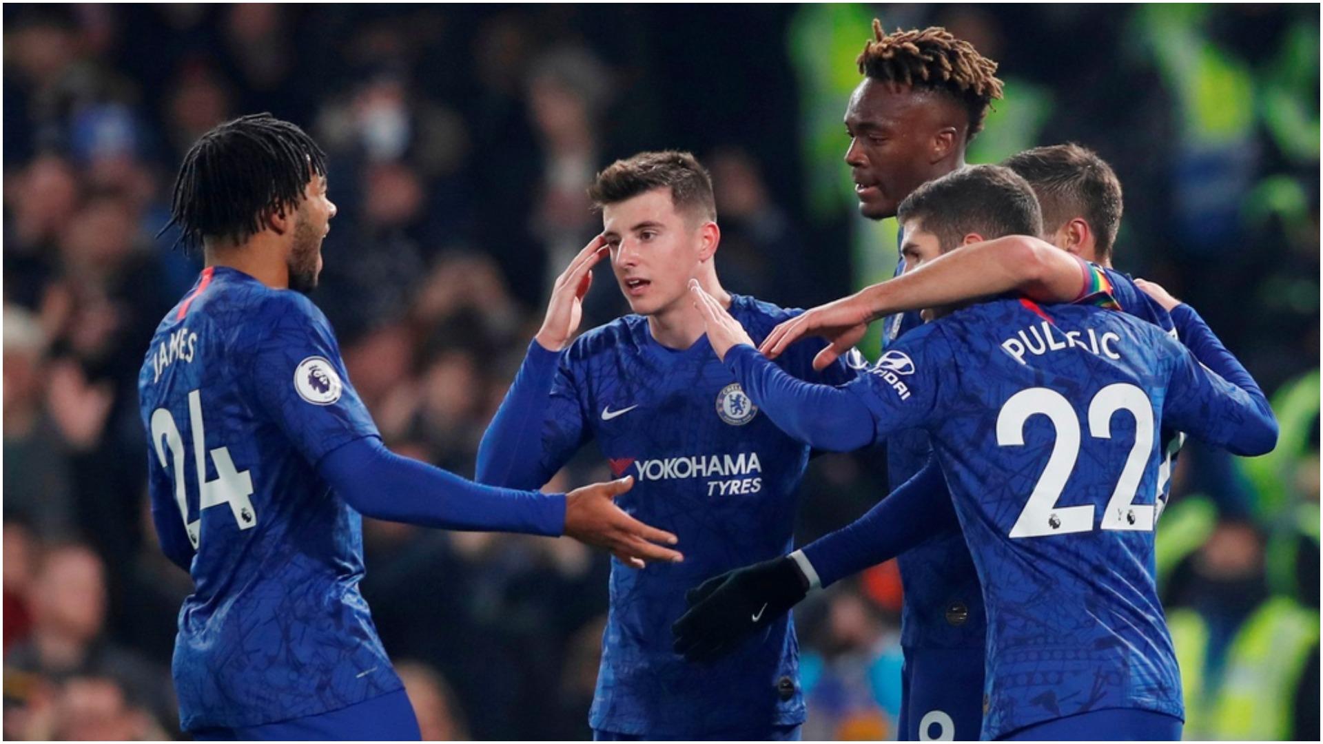 """Zyrtare: Chelsea shpërndan """"dhurata"""" në Premier League, përfiton Aston Villa"""
