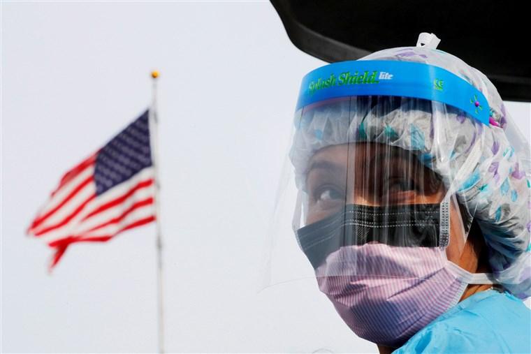 """SHBA nën """"kthetrat"""" e Covid 19, vendi i parë në botë për numrin e të prekurve dhe mbi 10 mijë viktima"""
