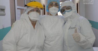 Edhe 3 infermierë fitojnë betejën me koronavirus, shkon në 18 numri i stafit mjekësor të shëruar