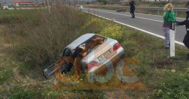 """FOTO/ Aksident i frikshëm në Shkodër, """"Benzi"""" përplas për vdekje drejtuesit e motoçikletës"""