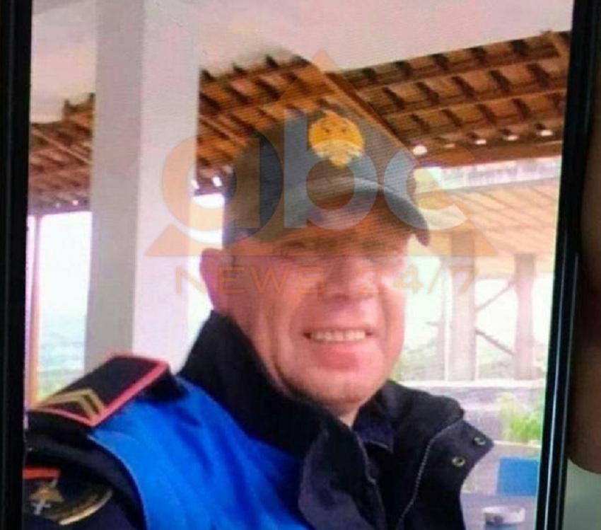 """""""Do ta fal që ke dalë nga karantina nëse…"""": Arrestohet polici i rremë në Kuçovë, telefononte bashkëfshatarët"""