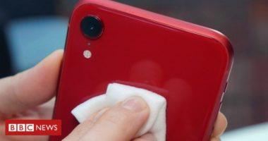 VIDEO/ Si duhet të pastrojmë telefonin nga koronavirusi