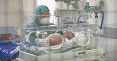 Lajm i mirë, foshnja njëmuajshe fiton betejën me Covid 19