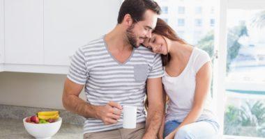6 këshilla si ta menaxhoni me sukses vetë-izolimin në çift