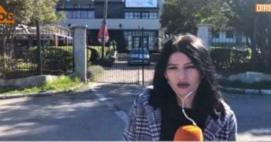 """10 shqiptarë rezident në Greqi vijojnë të mbeten në """"tokën neutrale"""""""