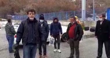 Emigrantë kanë ngecur në kufi, Majko reagon pas akuzave:  Jemi në luftë, por unë po përpiqem të gjejmë një zgjidhje