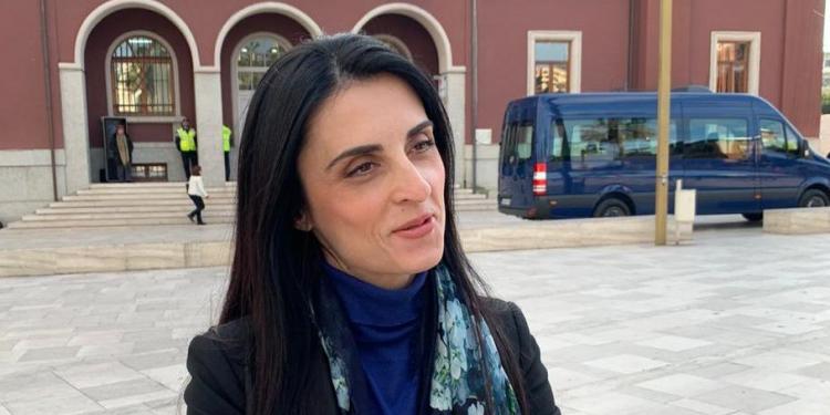 Zgjidhet gruaja që do të drejtojë Durrësin pas largimit të Varfajt