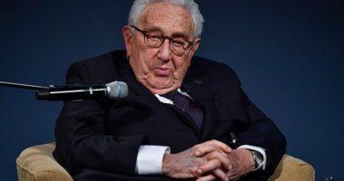"""Paralajmërimi i Kissinger: Koronavirusi mund të shkaktojë një """"katastrofë ekonomike"""""""