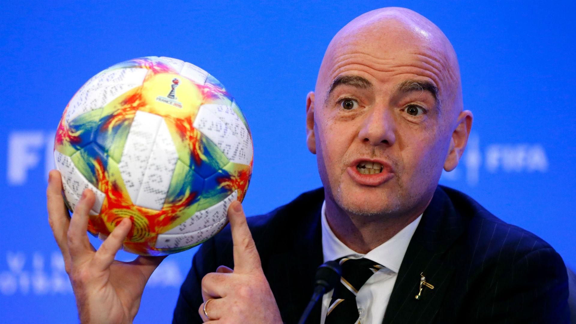 Lajmi i shumëpritur, FIFA projekton dy Kupa Bote në vitin 2022