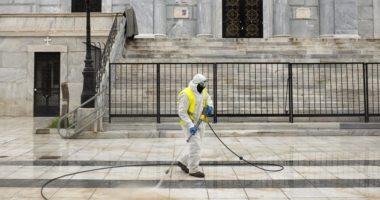 Si arriti Greqia të mbajë nën kontroll pandeminë?